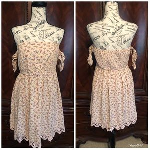 NWOT XHILARATION dress sz M
